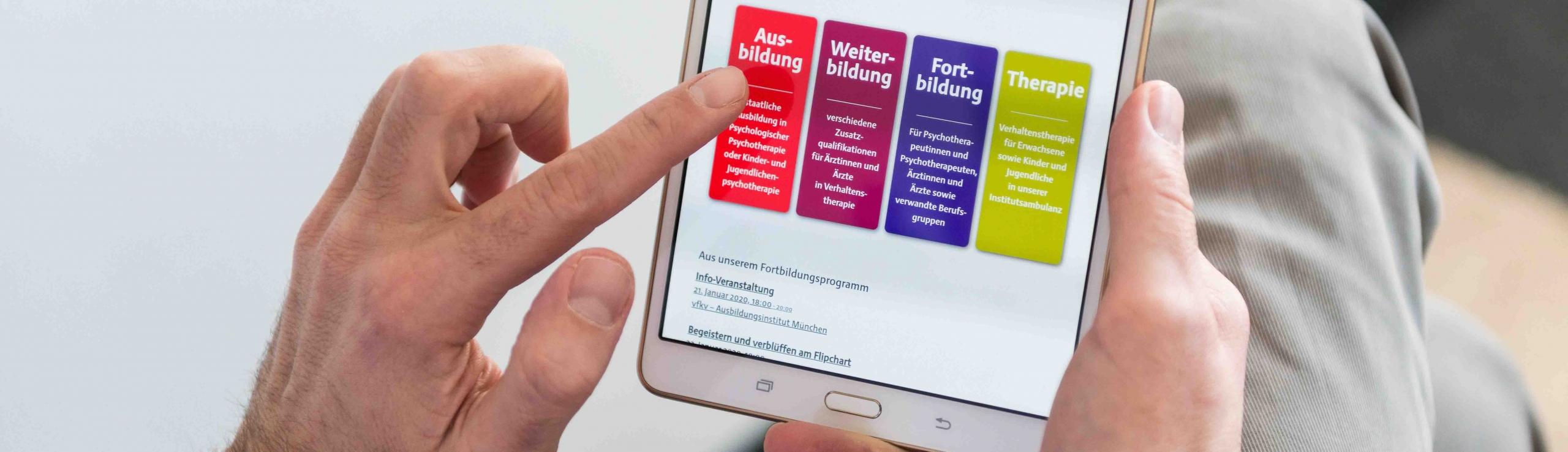 Bild mit Startseite auf einem Tablet